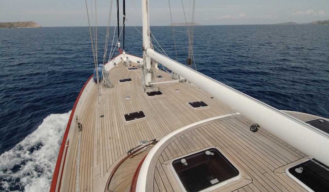 Sailboat with Teak Decking